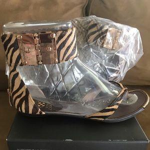 NIB Vince Camuto natural zebra pony sandal